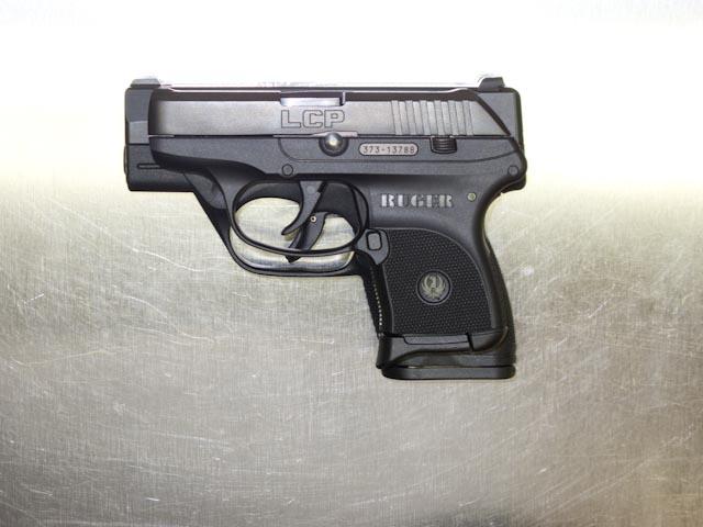 Beretta Nano vs Ruger LCP